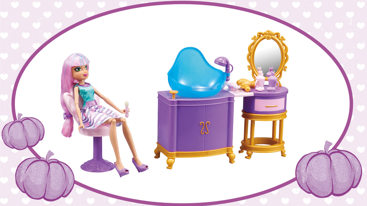 let 39 s discover the regal academy dolls collections article regal academy. Black Bedroom Furniture Sets. Home Design Ideas